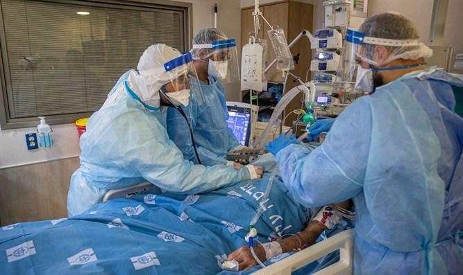 vaccinatiekampioen-israel:-10.000-nieuwe-covid-gevallen,-infectiecoefficient-stijgt
