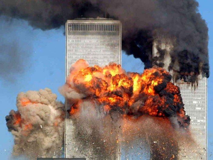 de-twintigjarige-schaduw-van-9/11:-medeplichtigheid-van-de-vs-aan-het-terreurspektakel-en-de-dringende-noodzaak-het-te-beeindigen