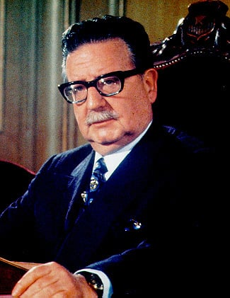 """chili,-11-september-1973:-de-inauguratie-van-het-neoliberalisme,-""""shock-treatment""""-en-de-instrumenten-van-economische-repressie:-de-dodelijke-""""economische-geneeskunde""""-van-de-junta"""