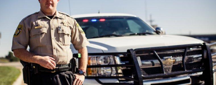 amerikaanse-sheriffs-zullen-biden's-'ongrondwettelijke'-covid-vaccinatieregel-niet-handhaven