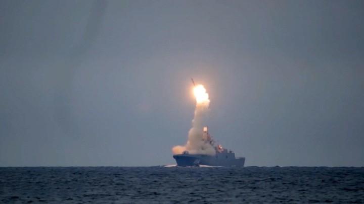 russische-televisie-over-de-laatste-tests-van-de-zirkon-hypersonische-raket