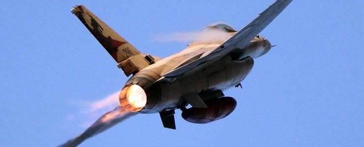 israel-verbergt-zich-opnieuw-provocerend-achter-burgervliegtuigen-bij-zijn-aanvallen-op-syrie