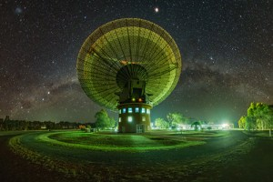 Parkes Radio Telescope at night