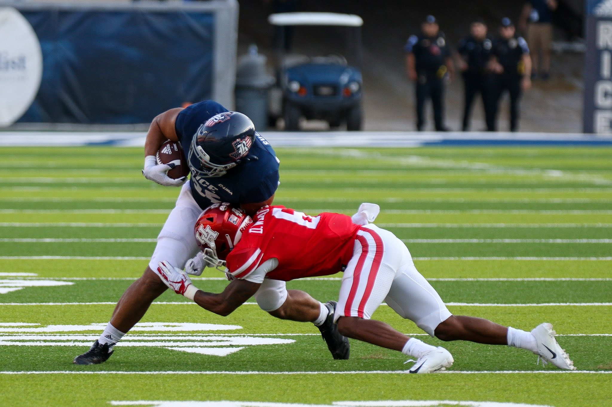 With Tune out, Dell, McCaskill help keep UH in rhythm against Grambling