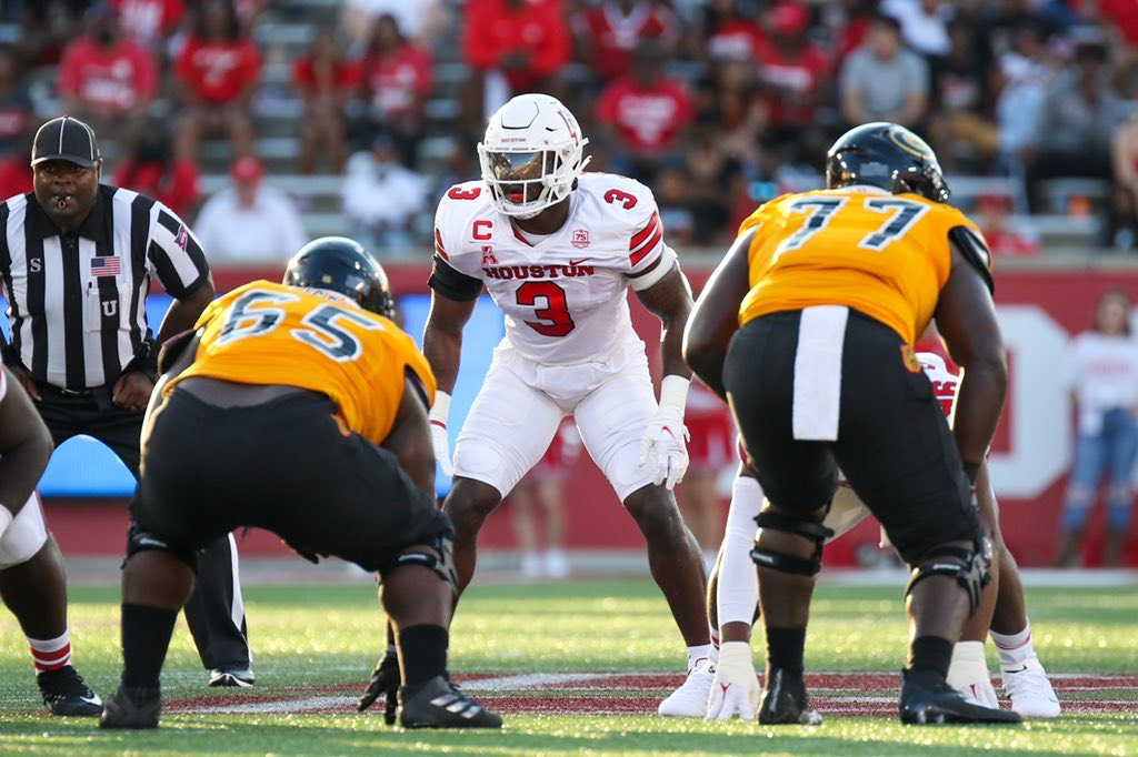 UH overcomes first-half woes to defeat Navy in conference opener