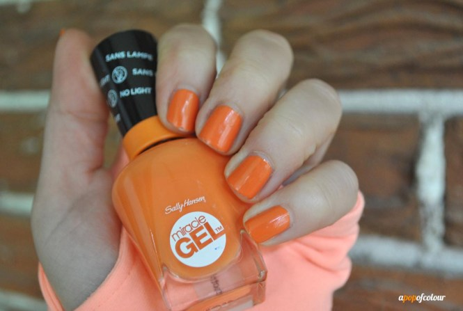 How To Do Gel Nails At Home A Sally Hansen Salon Polish Starter Kit