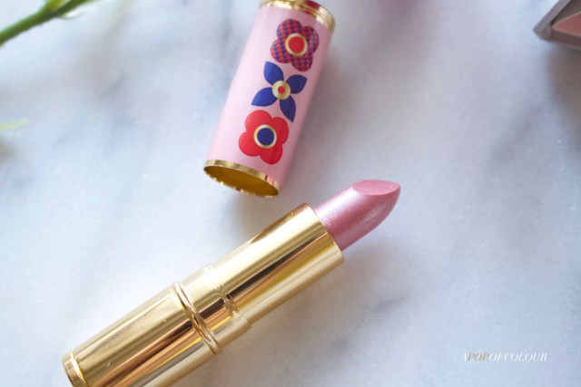 Avon Iconic Lipstick in pink