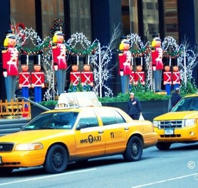 Magical NYC at Christmas-time (Pics!)