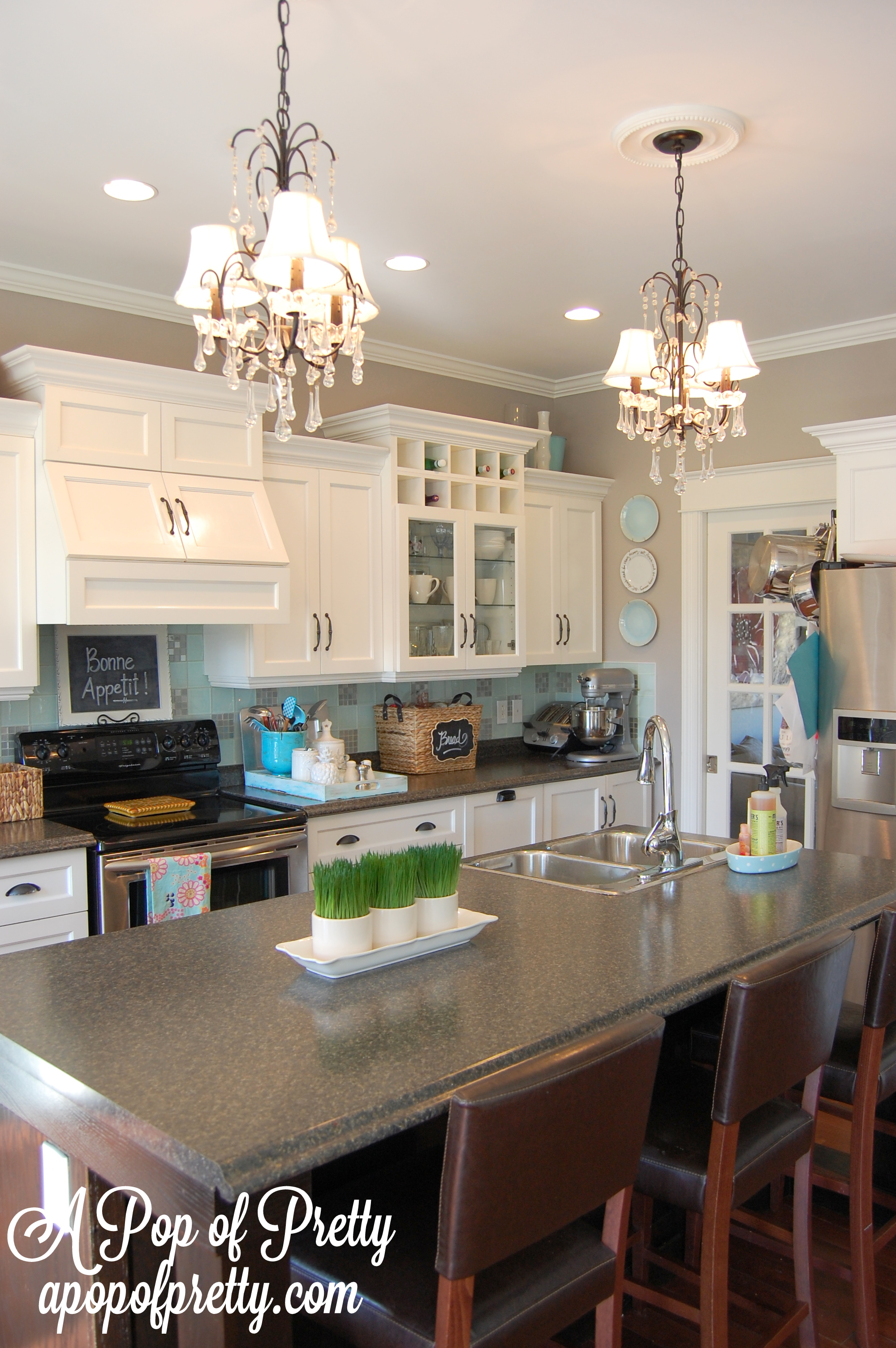White Kitchen + Gray Walls: Reveal (Benjamin Moore Silver Fox) Part 84