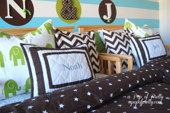 decorate a toddler boy room
