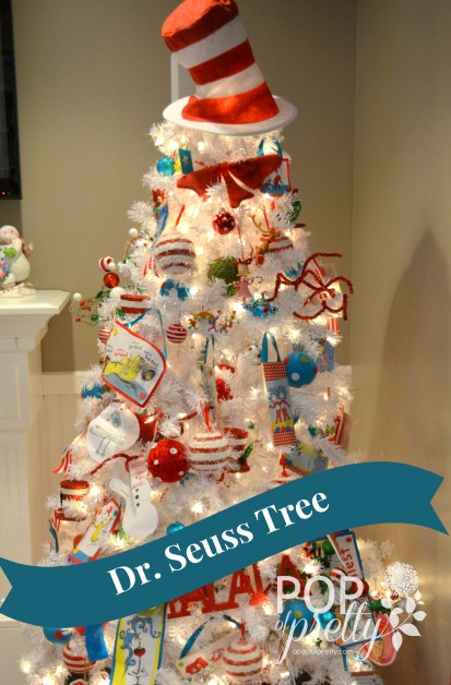 Dr Seuss Tree - full tree with banner