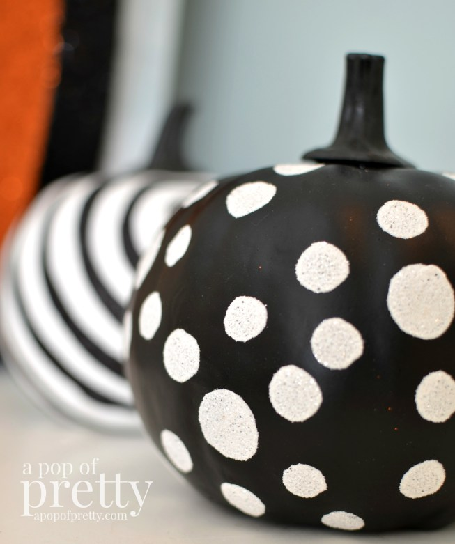 Kid friendly Halloween Decorating ideas - polka dots