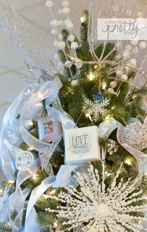 Disney Frozen Christmas Tree 9