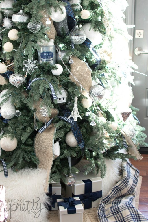 navy Christmas decor 1