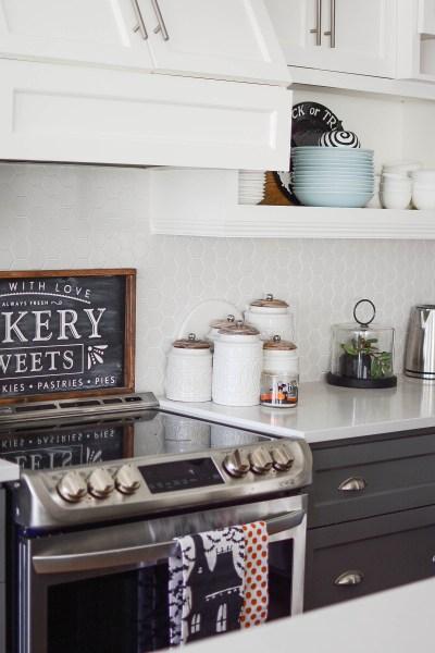 Simple Halloween decorating kitchen