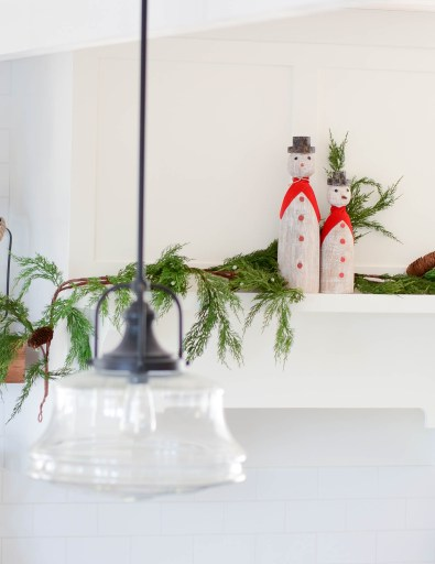 decorate a kitchen for Christmas