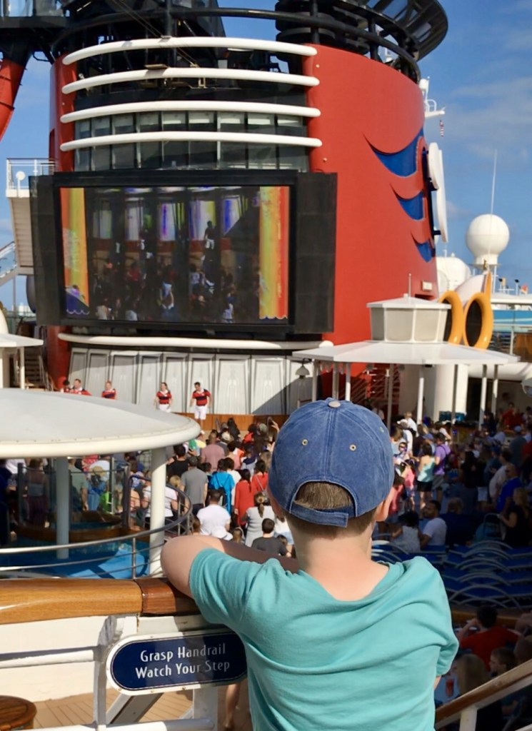 Disney Cruise review - Bon Voyage party