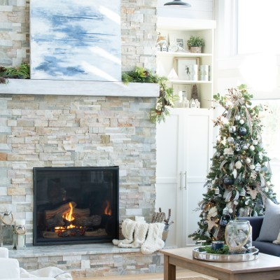 Rustic Christmas Decor Tour (Our Cottage)