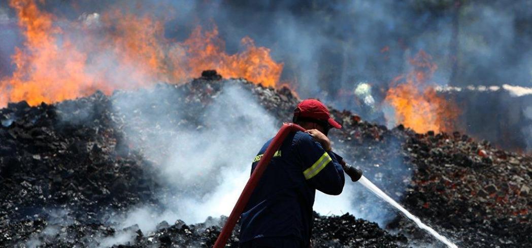 Με άθλιες συνθήκες και χωρις εξοπλισμό, οι πυροσβέστες της Κρήτης!
