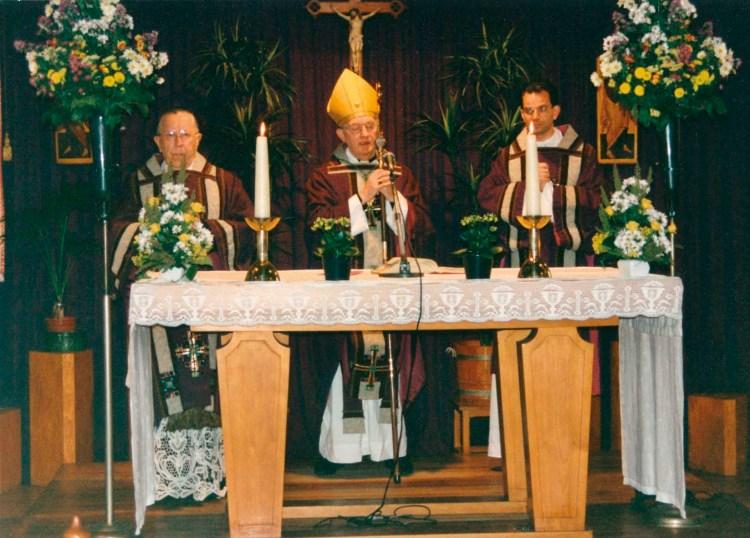 Afscheidsmis Pastoor Pas, 1994 . Bisschop Bomers, Pastoor Domen