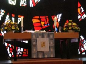 Altar, Gottesdienst am 04.04.2010, © Birgit Schröter