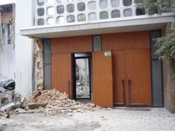 Abrissarbeiten an der Apostelkirche, Portal zur Kirche © Beate Sachs