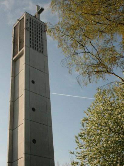 Kirchturm der Apostelkirche © Beate Sachs