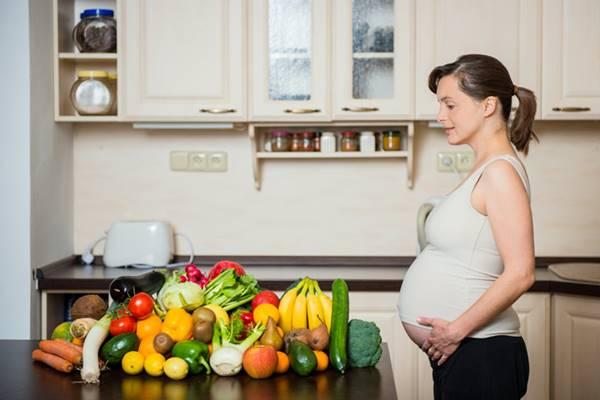 jenis pantangan makanan ibu hamil