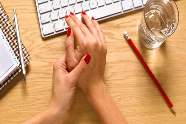 tanda gejala pengobatan penyakit artritis rematik