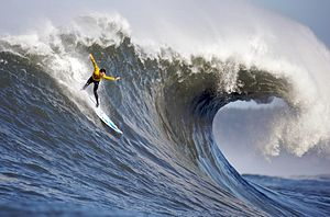 English: 2010 Mavericks surfing competition. T...