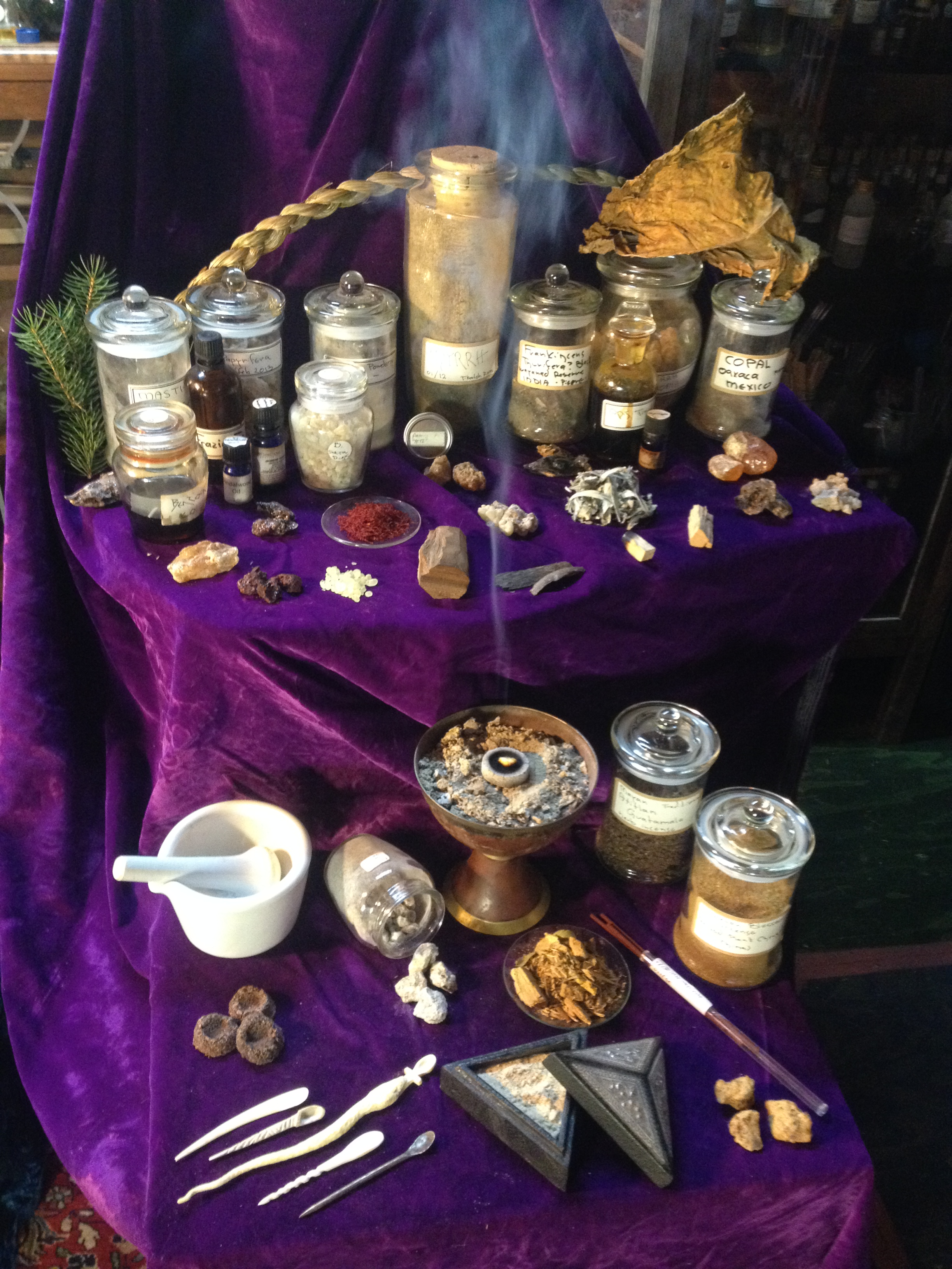 How to use Pine, Spruce and Fir saps for incense and perfume