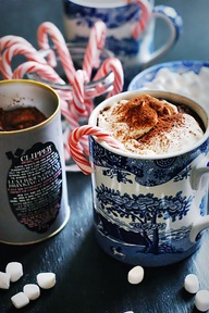 hot choc & marshamallows