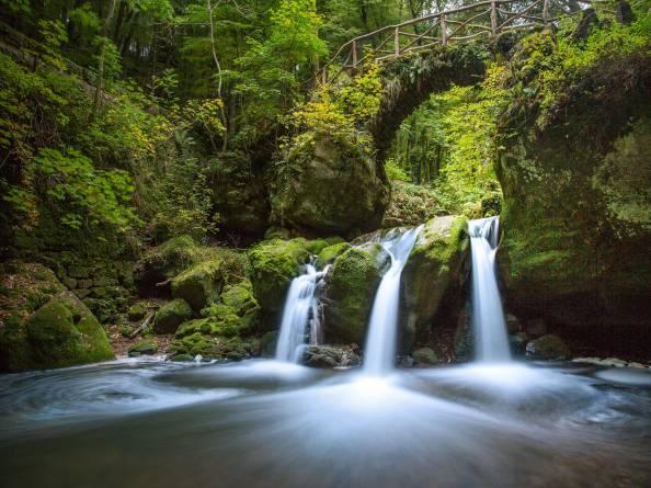 Calming Fall Wallpaper Hd Schiessent 252 Mpel Sch 233 Issend 235 Mpel Waterfall Visit Luxembourg
