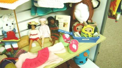 96 - P Thurmon - Barbie clothes
