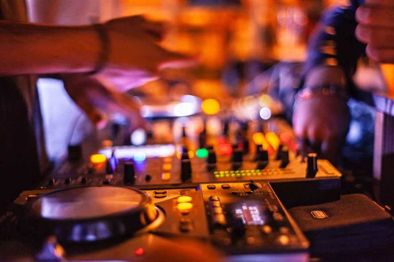 Traktor DJ – för dig som är eller drömmer om att bli DJ