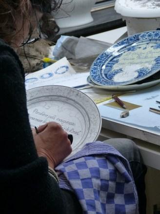 Meesterschilder aan het werk