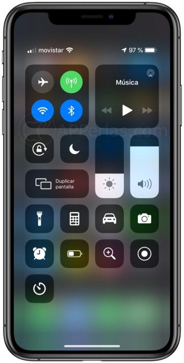 Centro de control con apps nativas de iOS