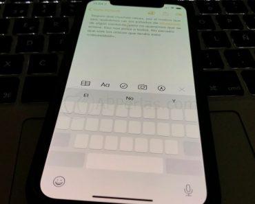 Activa el cursor en el teclado del iPhone y muévete libremente por cualquier texto