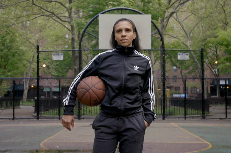 Mujeres deportistas Niki Avery