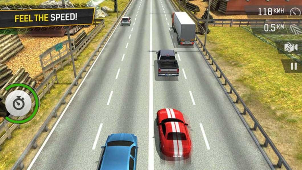 Racing Fever mezcla arcade con simulación