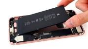 Usuarios contentos al cambiar la batería del iPhone, ¿cómo hacerlo?