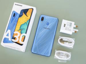 كرتونة هاتف Samsung Galaxy A30
