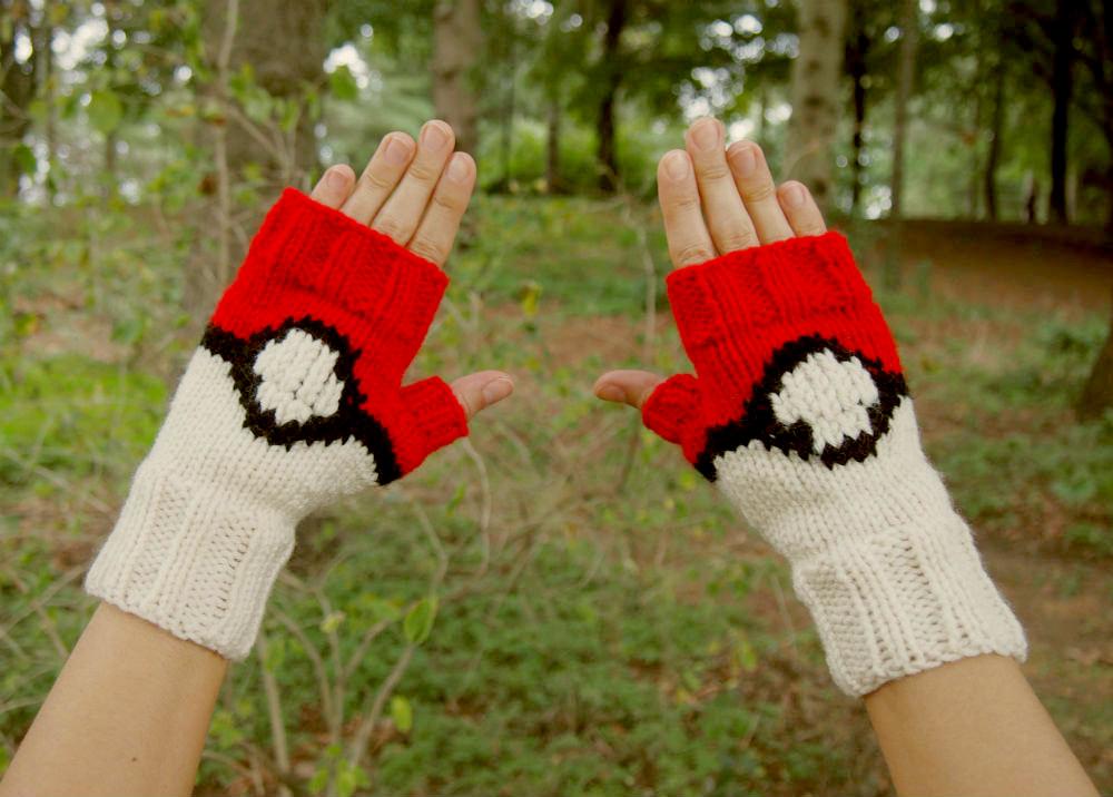 guantes pokebola pokemon