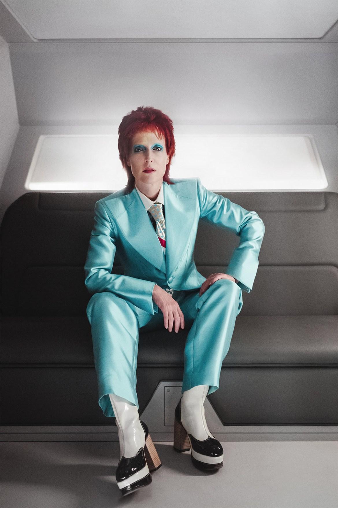 Gillian Anderson personifica a David Bowie