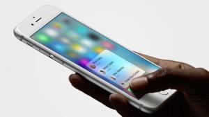 أحد استخدامات ميزة 3D Touch على الايفون 6s في تطبيق الهاتف