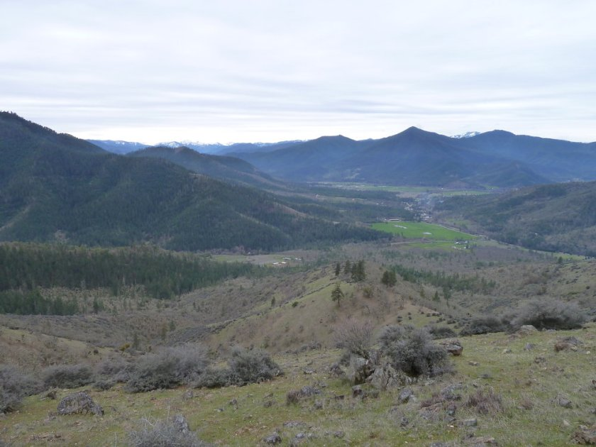 A view from the East Applegate Ridge Trail into the town of Ruch and the beautiful Applegate Valley.