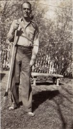 'Uncle Pud', G. W. Applegate III (1900-1973), brother of Ted Applegate.