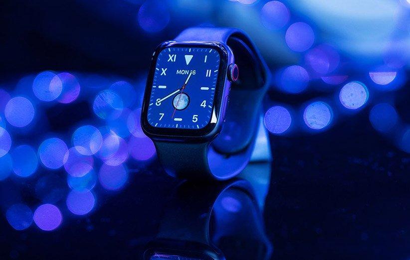 من المحتمل أن تحتوي ساعة Apple Watch الجديدة على مستشعر Touch ID وكاميرا أسفل الشاشة