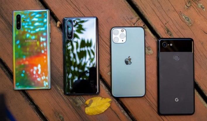 استطلاع رأي: ما هو أفضل هاتف رائد لعام 2020؟ معركة Apple و Samsung و Huawei و غيرها