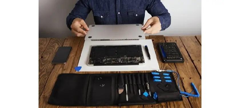 Laptop repair shop in kemps corner